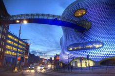 galinsky description, photographs and visiting information for Selfridges, Birmingham by Future Systems Beautiful Places To Travel, Best Places To Travel, Cool Places To Visit, Places To Go, Amazing Places, Organic Architecture, Futuristic Architecture, Interesting Buildings, Beautiful Buildings