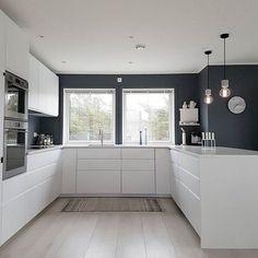 1379 Likes 14 Kommentare Janne Iversen ( Haus Design Ideen Home Decor Kitchen, Interior Design Kitchen, New Kitchen, Home Kitchens, Kitchen Dining, White Ikea Kitchen, Küchen Design, House Design, Design Model