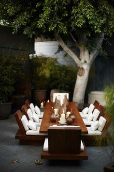 Table for 8 on the patio! Rectangular solid wood table, white cushions, now this is outdoor dining. Al Fresco Outdoor Rooms, Outdoor Dining, Outdoor Gardens, Zen Gardens, Dining Area, Dining Tables, Outdoor Seating, Outdoor Furniture, Patio Dining