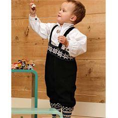 from Rauma Baby Festdrakter 21 Kjempefin til både 17 mai og jul Ragnar, Baby Crafts, Scandinavian Design, Baby Knitting, Children, Kids, 21st, Crochet Patterns, Folklore