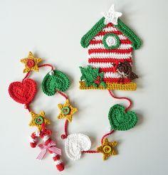 Birdhouse Christmas by TeenyWeenyDesign/Adrianne, via Flickr