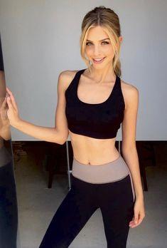 Marina Laswick, Sport Fitness, Cute Girl Photo, Cute Beauty, Petite Women, Beautiful Gorgeous, Girl Photos, Beauty Women, Female Models