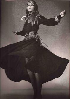 SQUAW FASHION 1970 - PENELOPE TREE & DAVID BAILEY - YSL