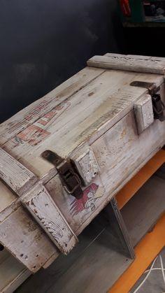 Coffre à munitions Oldies factory Suitcase, Suitcases