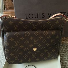 fa63118f35 2016 Louis Vuitton Mabillon Monogram Crossbody This bag is perfect. I have  everything that came