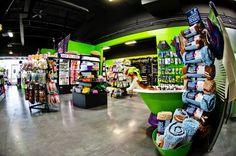#GreenSpotOmaha #omahaNE #nebraska #aksarben #shoppesataksarben #72andpacific #DogLovers