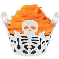 Swirl up a scare with this cupcake wrapper.