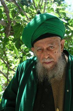 Sheikh Muhammad Nazim Aadil Al Haqqani Al Qubrusi An Naqshibandi