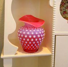 Very popular Fenton pattern, cranberry hobnail vase. Fenton Milk Glass, Cranberry Glass, Vintage Dishes, Planter Pots, Vase, Unique Jewelry, Handmade Gifts, Pattern, Popular