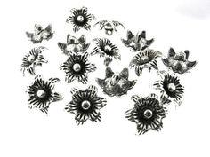 30 pcs 13mm Antique Oxidized Silver Flower by FancyGemsandFindings, $4.75 Oxidized Silver, Silver Flowers, Antiques, Antiquities, Antique