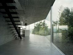 House with One Wall / Christian Kerez