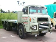 Davies Antique Trucks, Vintage Trucks, Cool Trucks, Big Trucks, Old Lorries, Commercial Vehicle, Classic Trucks, Motor Car, Cars And Motorcycles