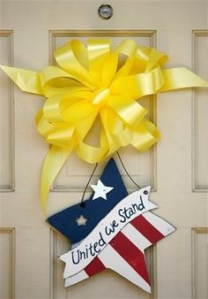 This is so cute. I just might have to make it and out on our door when hubby gets back home from deployment. It'll make him feel extra special.
