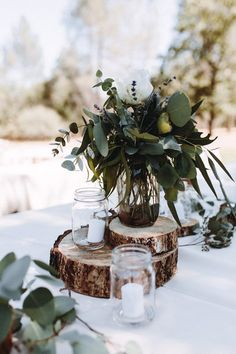 Simple nature-inspired tablescape | Anni Graham Photography