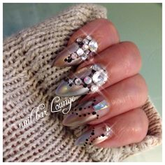 Intimate Affair #nailart #nails #naildesign #swarovski #bling