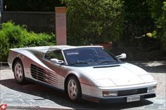 Ferrari Testarossa Spider 041.jpg