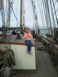 Lynx boat with mia