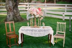 vintage decor ideas | VIA #WEDDINGPINS.NET