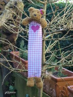 Lesezeichen aus altem Teddy / Book mark made from old teddybear / Upcycling