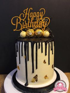 Black And Gold Drip Cake Cakes 50th Birthday Ideas