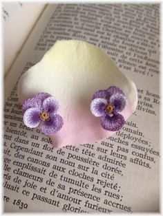 Lace pansy earrings # 1