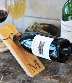 cool counter balance personalized wine bottle holder http://rstyle.me/n/uvsnvr9te