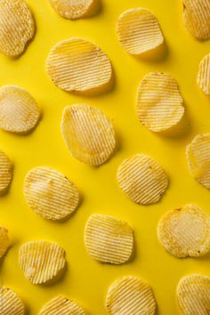 Potato chips on yellow background. by Eduard Bonnin Potato chips on yellow background. by Eduard Bonnin Creative Photography, Food Photography, Yellow Photography, Food Design, Web Design, Yellow Foods, Minimalist Photos, Food Wallpaper, Wallpaper Backgrounds
