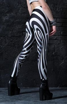 d92534bcc6dc8 741 best Cool Leggings images in 2019 | Workout outfits, Athletic ...