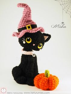 This sweet Amigurumi Halloween Black Cat Free Crochet Pattern will be a great decoration for fall. Halloween Crochet Patterns, Crochet Cat Pattern, Crochet Animal Patterns, Stuffed Animal Patterns, Crochet Patterns Amigurumi, Crochet Dolls, Free Crochet, Free Pattern, Hat Crochet
