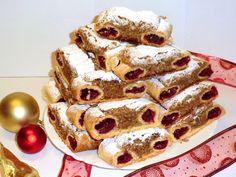 Ingrediente:<br > <br > Pentru aluat:<br > 450 gr faina de grau<br > 6 galbenusuri<br > 25 gr unt<br > 10 gr zahar vanilinat<br > 10 gr drojdie proaspeta<br > 1 lingurita zahar pudra<br > 100 ml lapte<br > <br Cookie Recipes, Dessert Recipes, Poppy Cake, Vegan Cupcakes, Sweet Cookies, Hungarian Recipes, Christmas Cookies, Waffles, French Toast