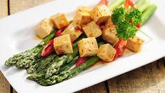 Tofun valmistuksessa kuivuus ja paistaminen ovat avainasemassa.