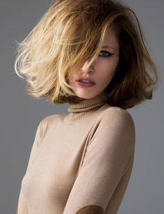 and just above the shoulders. It is a great haircut for women who don't want to cut their hair short but have desire to change their appearance. Long bob – briefly lob – hairstyles are beautiful in any texture; straight and sleek or wavy and messy. Cute Hairstyles Long, Celebrity Hairstyles, Vintage Hairstyles, Hairstyles With Bangs, Blonde Hairstyles, Hair Styles 2016, Medium Hair Styles, Short Hair Styles, Big Short Hair