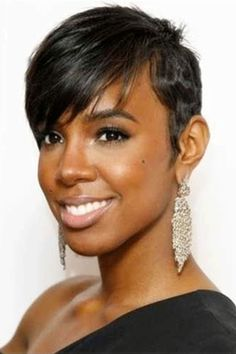 It seems that Kelly Rowland has become hotter and hotter. Her makeup and her outfits stun us all. But the fiercest attention is her hairstyle. Now, let's take a look at Kelly Rowland's most. Asymmetrical Hairstyles, Pixie Hairstyles, Hairstyles With Bangs, Weave Hairstyles, Everyday Hairstyles, Bouffant Hairstyles, Beehive Hairstyle, Updos Hairstyle, Brunette Hairstyles