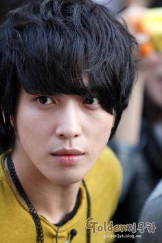 Jung Yong Hwa 郑容和(110503)录制KBS演艺家中介游击约会