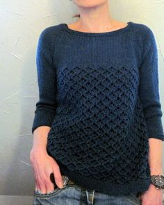 Crew neck sweater w cable/lace