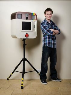 How to Create an Instagram-Inspired DIY Photo Booth
