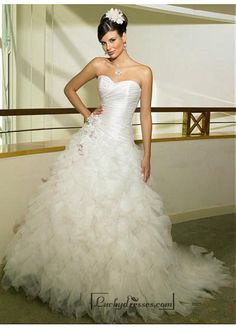 Beautiful Elegant Exquisite Taffeta & Tulle Sweetheart Wedding Dress In Great Handwork