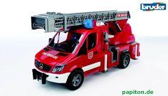 Bruder 2532 - Mercedes Benz Sprinter Feuerwehr bei Papiton bestellen.