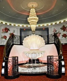 Giant Clam shell fountain Dorothy Draper for the Greenbriar Hotel