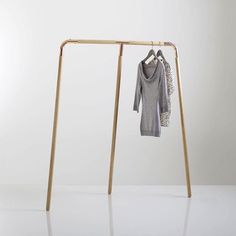 Comment faire un portant - porte vêtement déco ?