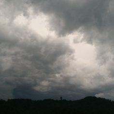 Gewitterstimmung.  #felsenegg #adliswil #gewitter #schweiz Lightning Storms, Switzerland