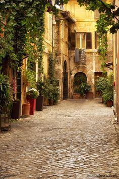 Courtyard in Trastevere, Rome, Italy