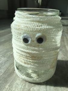 Halloween Mumie – DIY Happy Halloween, Halloween Party, Flying Witch, Witches, Crafts For Kids, Jar, Craft Ideas, Autumn, Holidays