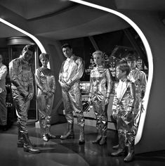 Space Tv Series, Space Tv Shows, Sci Fi Tv Series, Drama Series, Danger Will Robinson, Space Hero, Childhood Tv Shows, Mix Photo, Lower Deck