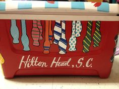 this is a cute idea Fraternity Formal, Fraternity Coolers, Frat Coolers, Nola Cooler, Formal Cooler Ideas, Bubba Keg, Greek Crafts, Cooler Designs, Cooler Painting