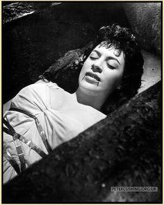 Valerie Gaunt. 'Dracula' Hammer Films (1958)