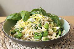 Raumfee: Pasta mit dicken Bohnen, Zitrone und Kräutern