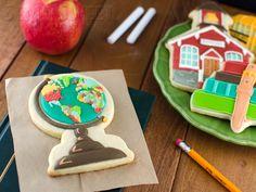 Globe Cookie Tutorial - by Semi Sweet Designs  --  http://www.semisweetdesigns.com/2013/08/05/back-to-school-globe-cookies-tutorial/