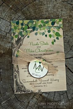 This unique real birch wood-veneer wedding invitation will definitely leave a lasting impression on your wedding guests. This invitation is