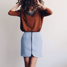 Blue skirt and jumper Sewing Clothes, Diy Clothes, Only Fashion, Womens Fashion, Diy Vetement, Couture Sewing, Dressed To Kill, Balmain, Mode Inspiration